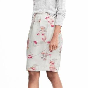 Banana Republic side pencil skirt